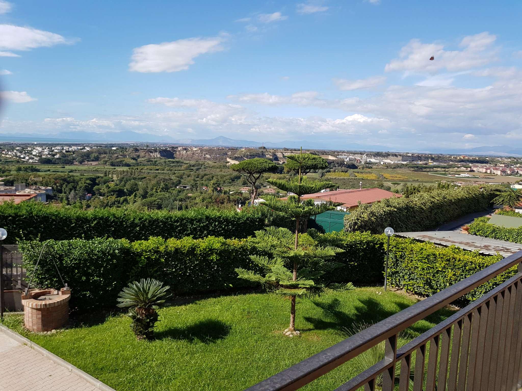 Villa in Affitto a Pozzuoli