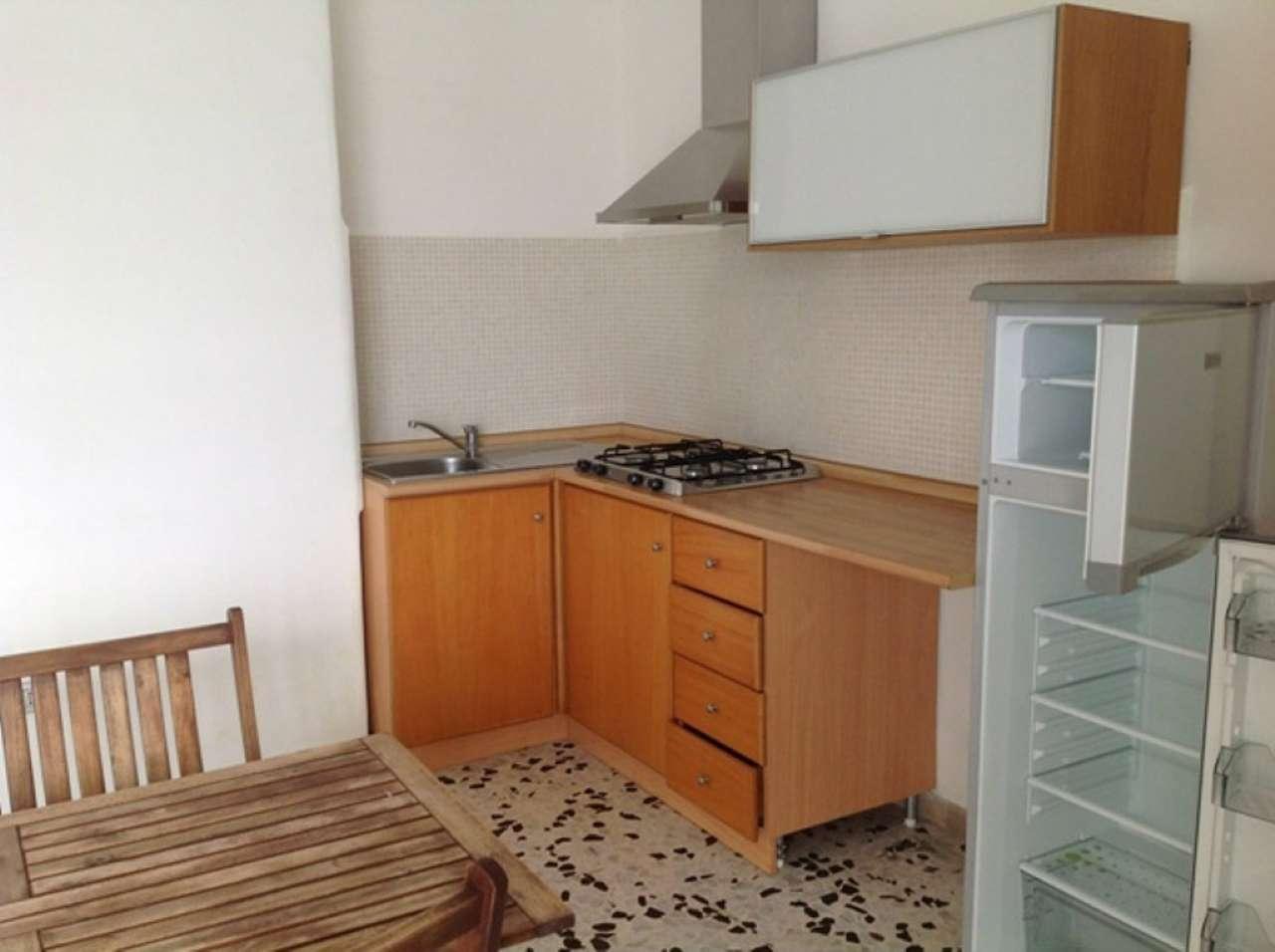 Appartamento in affitto a Napoli, 2 locali, zona Zona: 10 . Bagnoli, Fuorigrotta, Agnano, prezzo € 650 | CambioCasa.it