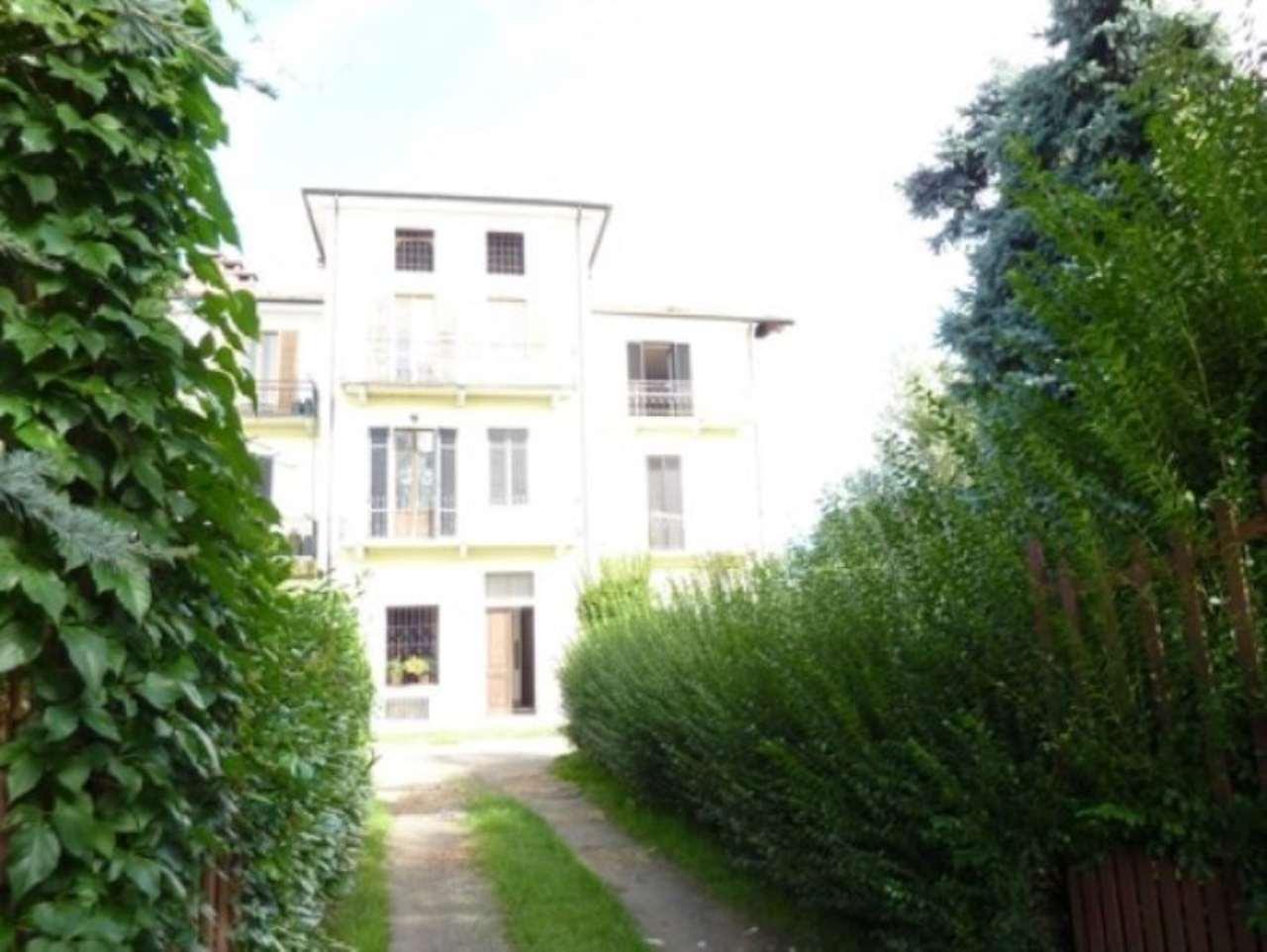 Palazzo / Stabile in Vendita a Castellamonte