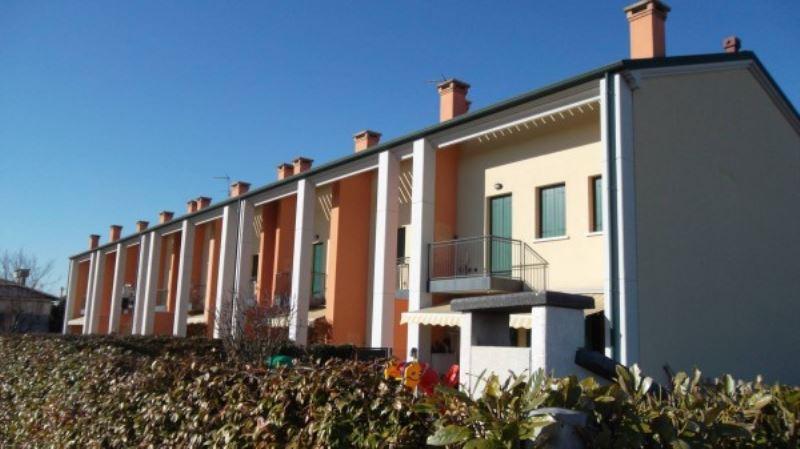 Appartamento in vendita a Mira, 3 locali, prezzo € 119.000 | Cambio Casa.it