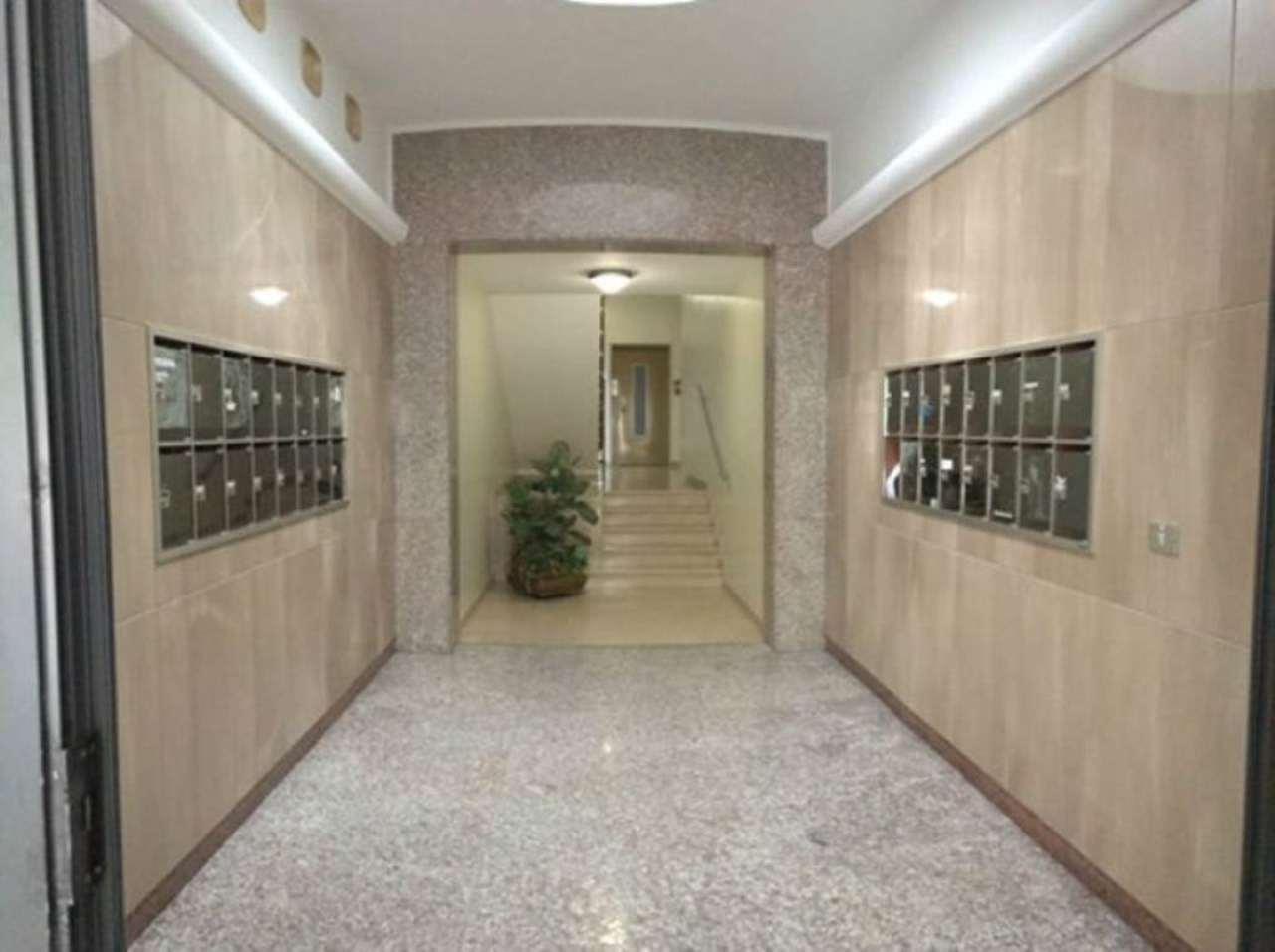 Appartamento in vendita a Mirano, 6 locali, prezzo € 119.000 | Cambio Casa.it