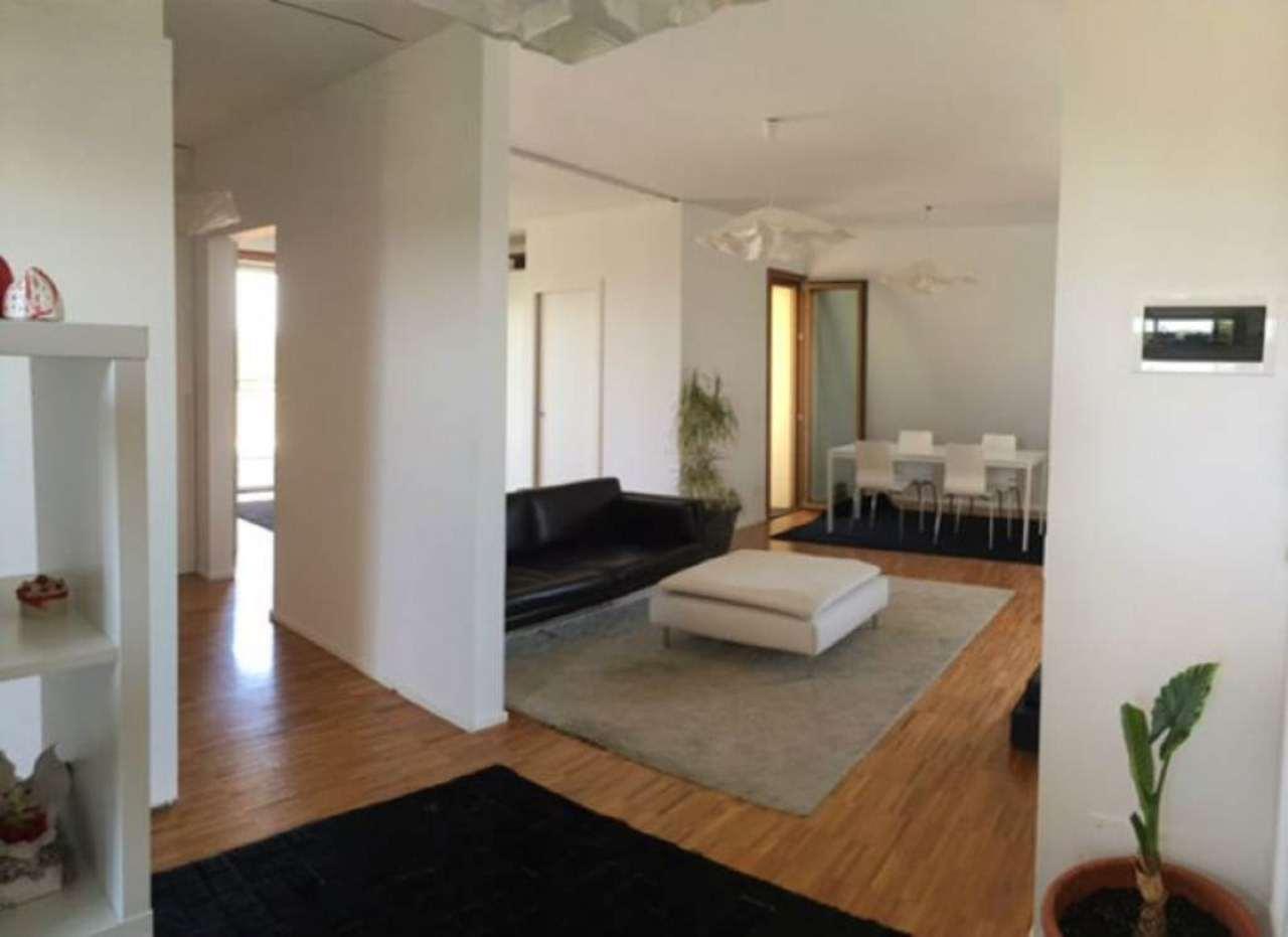 Loft / Openspace in vendita a Mirano, 6 locali, prezzo € 229.000 | Cambio Casa.it