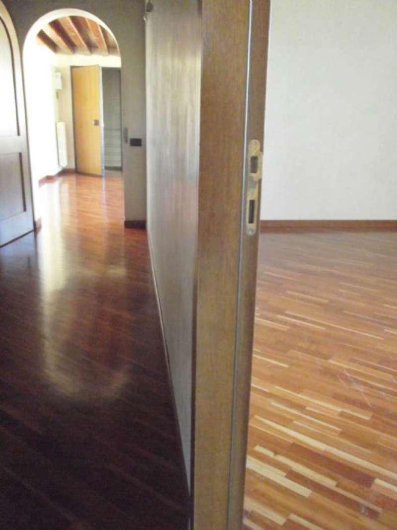 Appartamento in vendita a Mirano, 4 locali, prezzo € 220.000   Cambio Casa.it