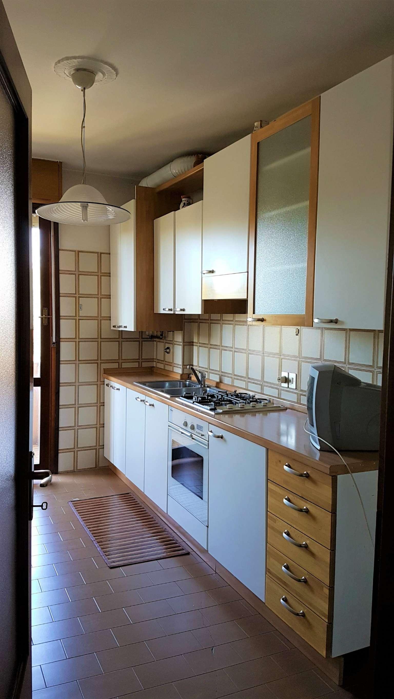 Appartamento in vendita a Mirano, 6 locali, prezzo € 93.000 | Cambio Casa.it