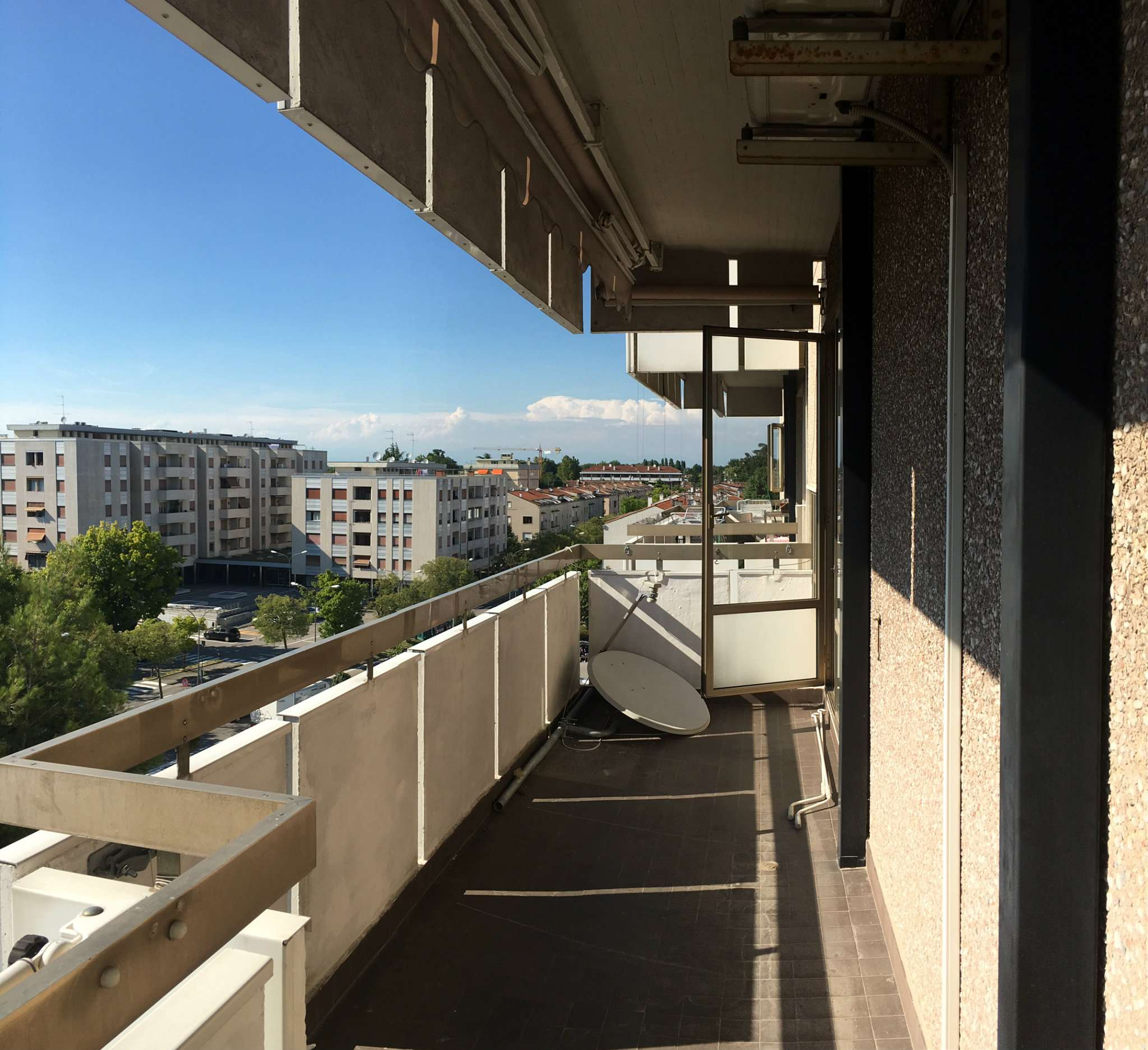 Appartamento in vendita a Mirano, 6 locali, prezzo € 114.000 | Cambio Casa.it