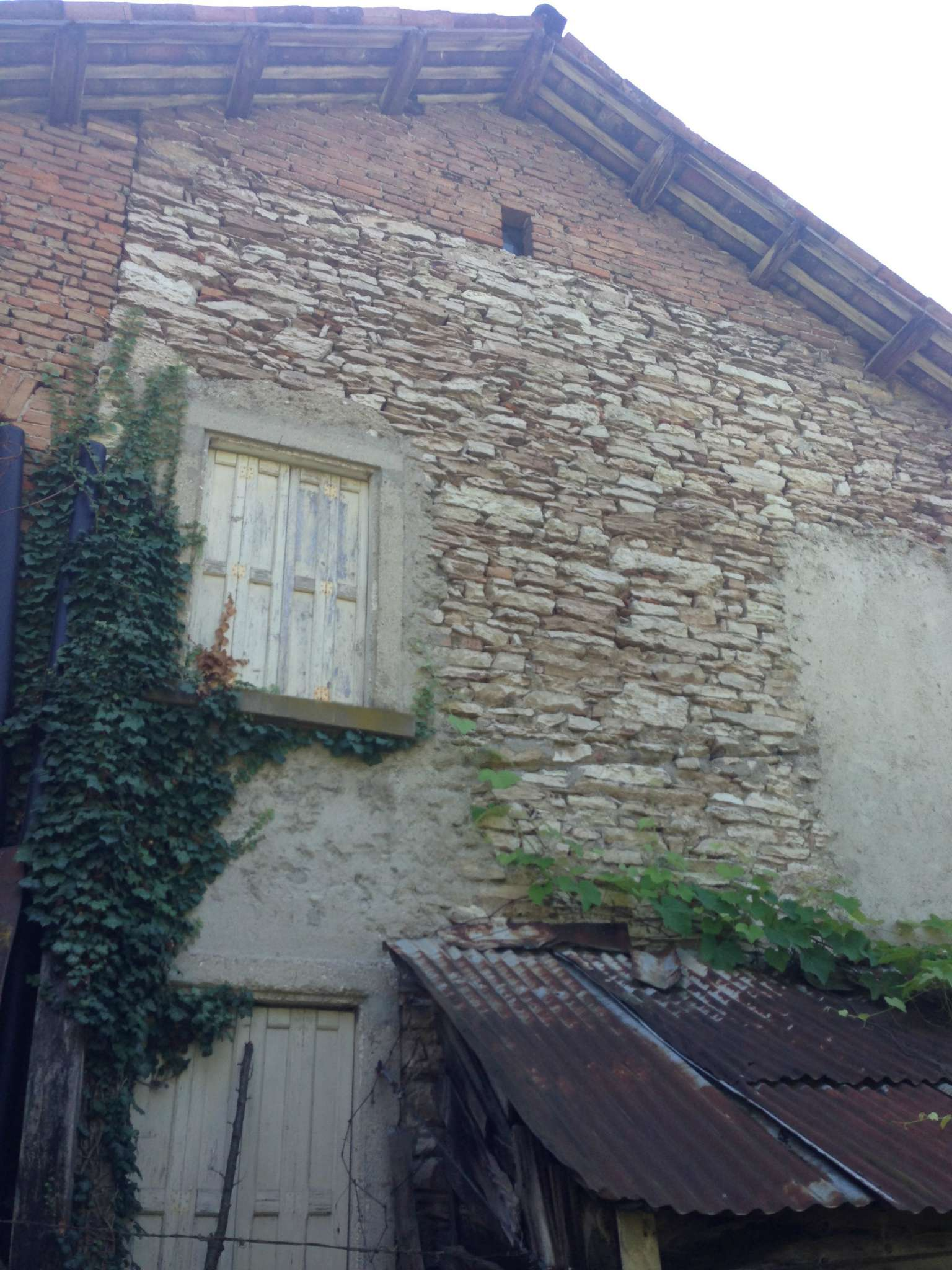 Soluzione Indipendente in vendita a Feltre, 10 locali, prezzo € 79.000 | Cambio Casa.it