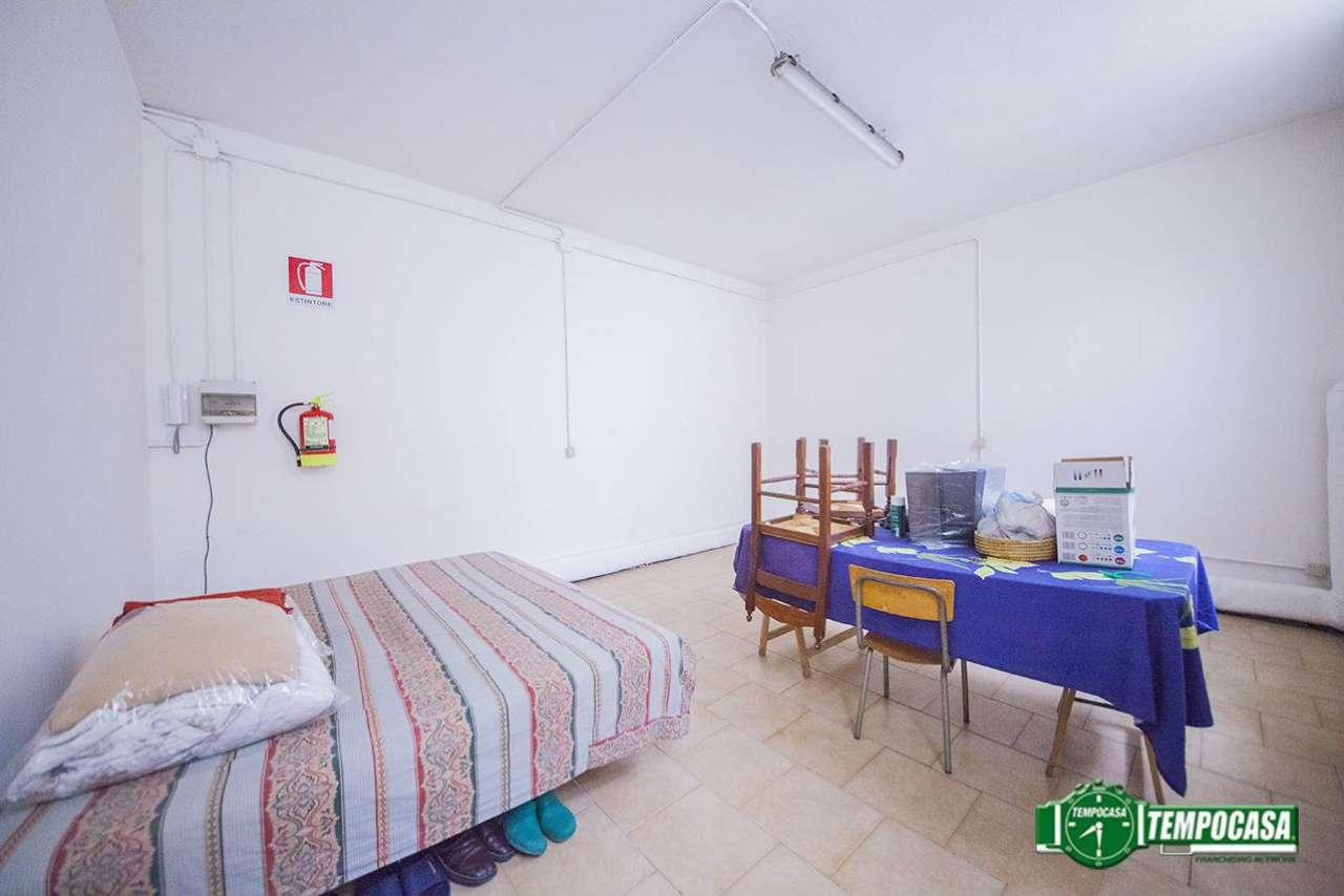 Laboratorio in vendita a Bresso, 9999 locali, prezzo € 59.000 | CambioCasa.it