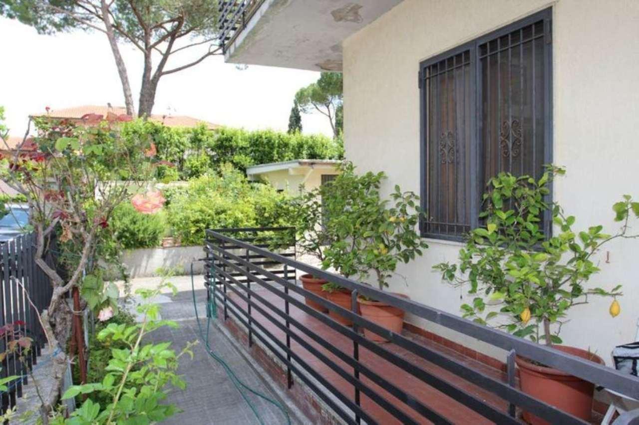 Palazzo / Stabile in vendita a Campi Bisenzio, 4 locali, prezzo € 250.000 | Cambio Casa.it