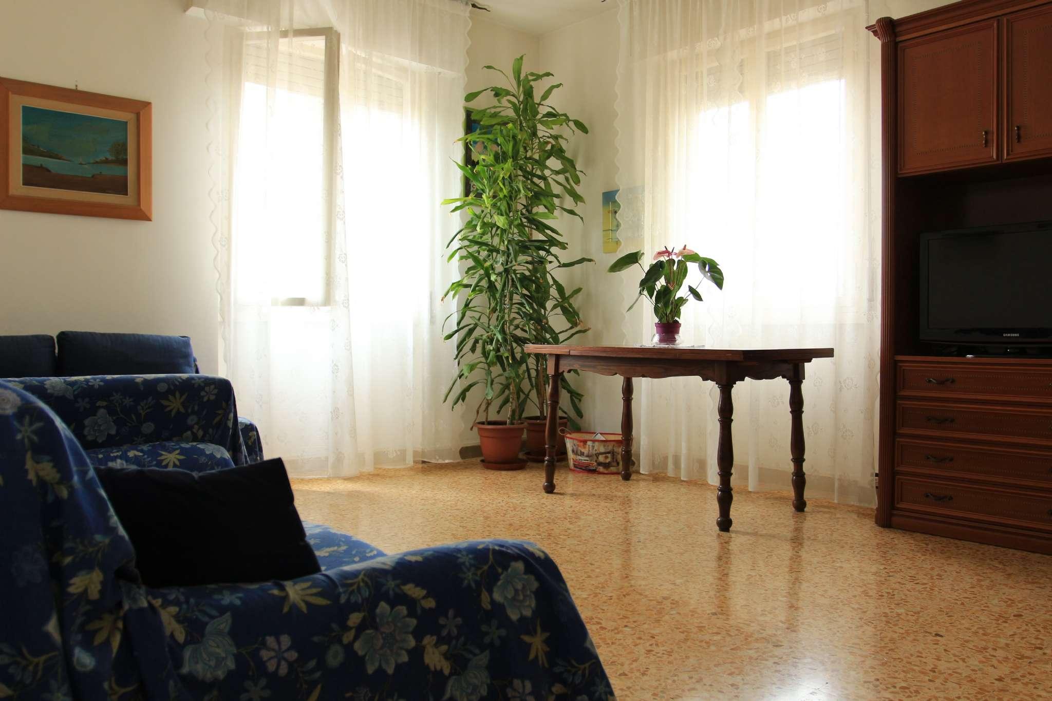 Bilocale Firenze Via Via Allori 7