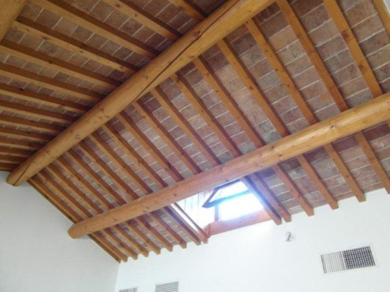 Attico / Mansarda in affitto a Padova, 4 locali, zona Zona: 1 . Centro, prezzo € 2.000 | CambioCasa.it