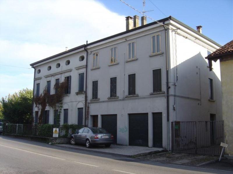 Soluzione Indipendente in vendita a Padova, 6 locali, zona Zona: 6 . Ovest (Brentella-Valsugana), prezzo € 250.000 | CambioCasa.it