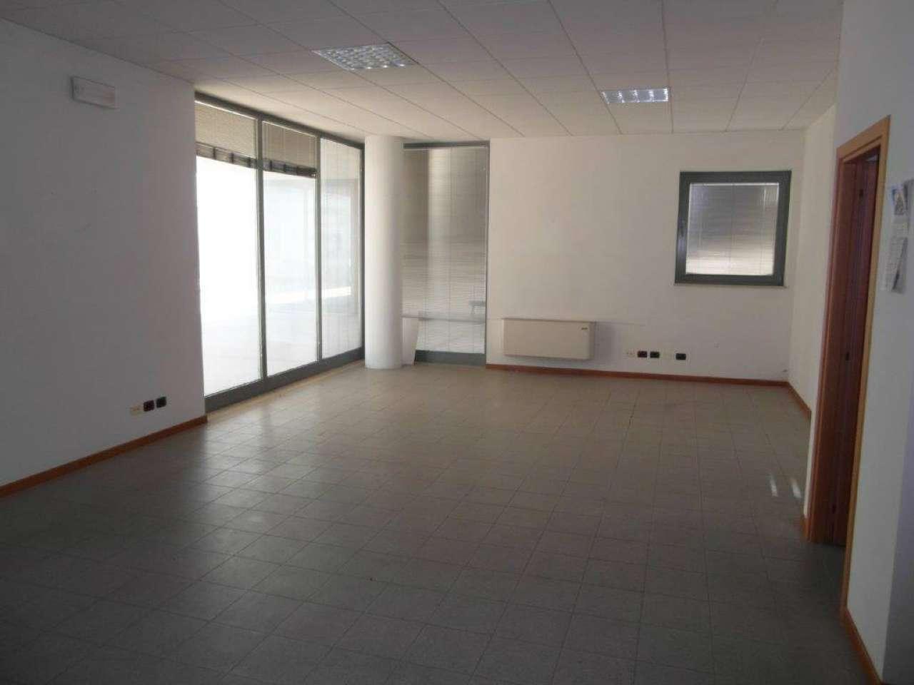 Ufficio / Studio in vendita a Este, 1 locali, prezzo € 60.000 | Cambio Casa.it