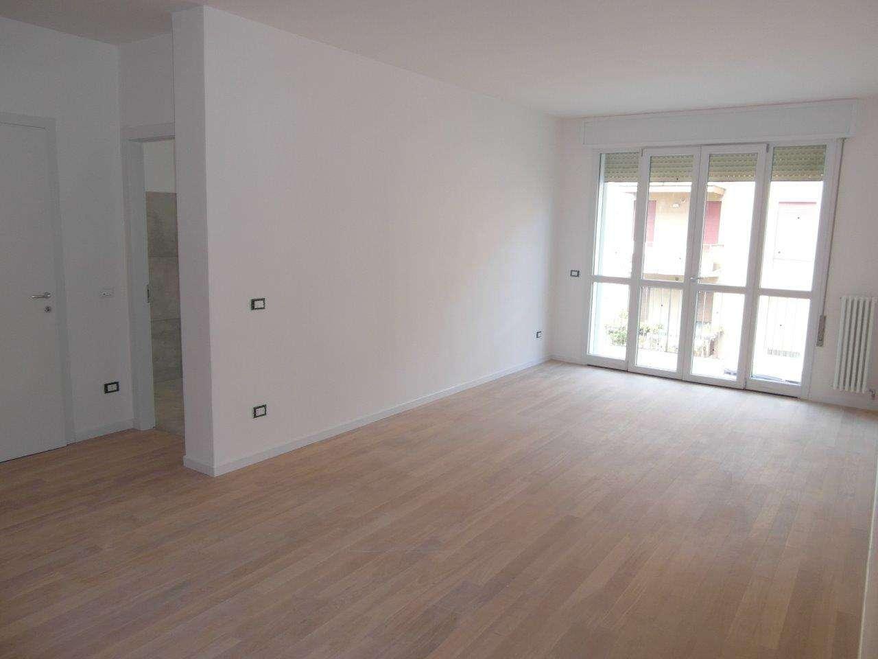 Appartamento in vendita a Padova, 4 locali, zona Zona: 4 . Sud-Est (S.Croce-S. Osvaldo, Bassanello-Voltabarozzo), prezzo € 154.000 | CambioCasa.it