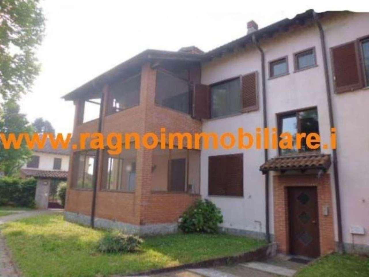Appartamento in vendita a Rognano, 3 locali, prezzo € 150.000 | Cambio Casa.it