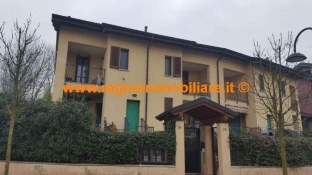 Appartamento in vendita a Giussago, 3 locali, prezzo € 175.000 | Cambio Casa.it