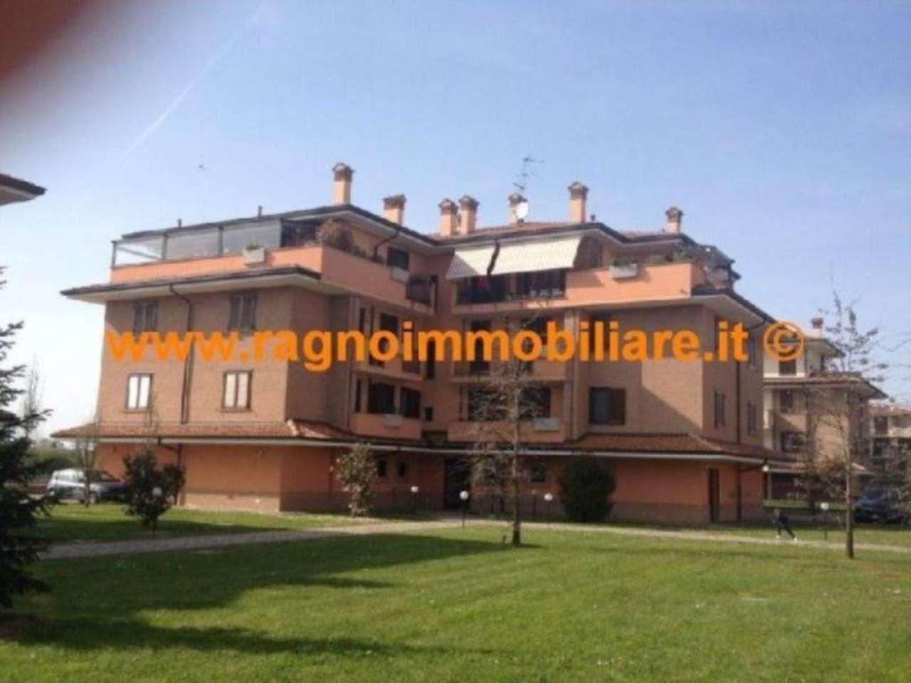 Attico / Mansarda in affitto a Casarile, 3 locali, prezzo € 700 | CambioCasa.it