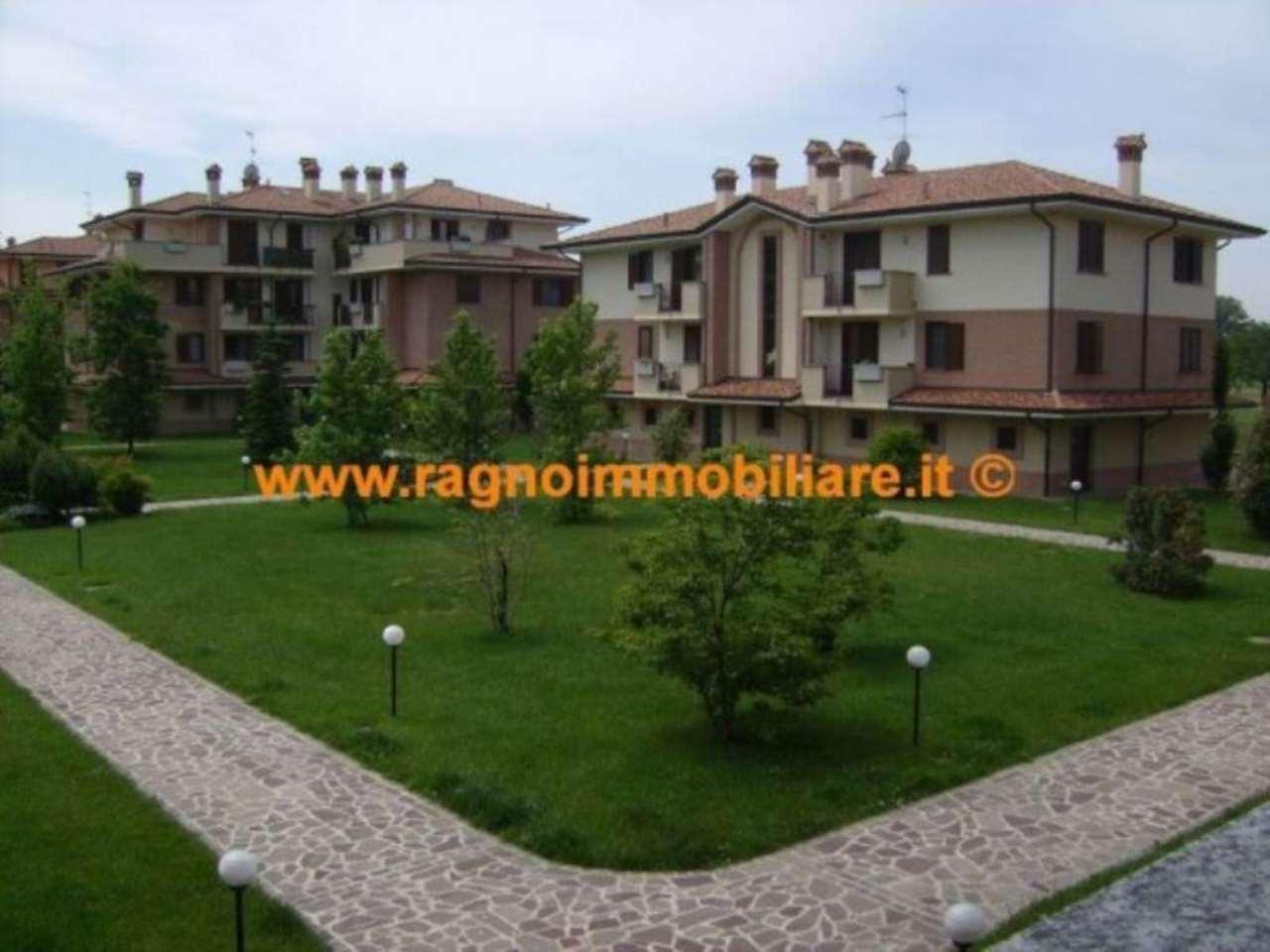 Appartamento in vendita a Casarile, 3 locali, prezzo € 155.000 | Cambio Casa.it