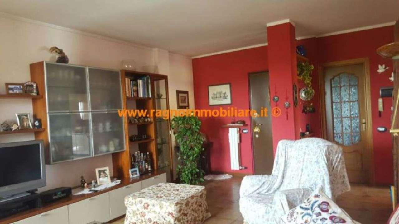 Appartamento in vendita a Casarile, 3 locali, prezzo € 165.000 | Cambio Casa.it