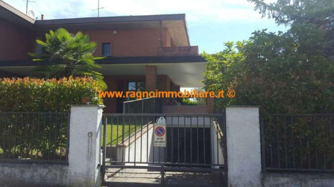 Villa in Vendita a Casarile
