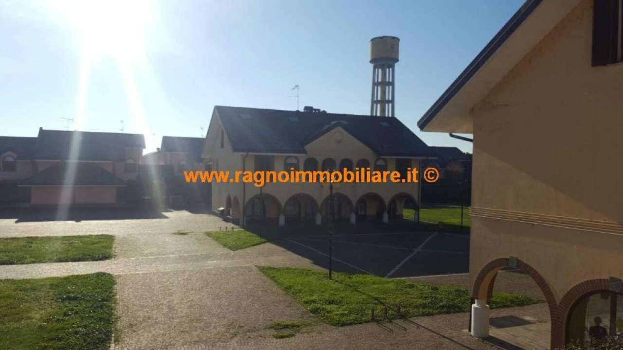 Appartamento in vendita a Casarile, 3 locali, prezzo € 297.000 | Cambio Casa.it
