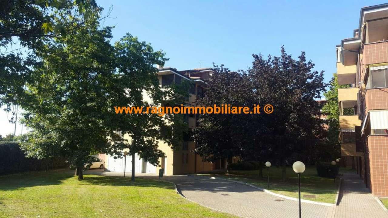 Appartamento in vendita a Casarile, 3 locali, prezzo € 175.000 | Cambio Casa.it