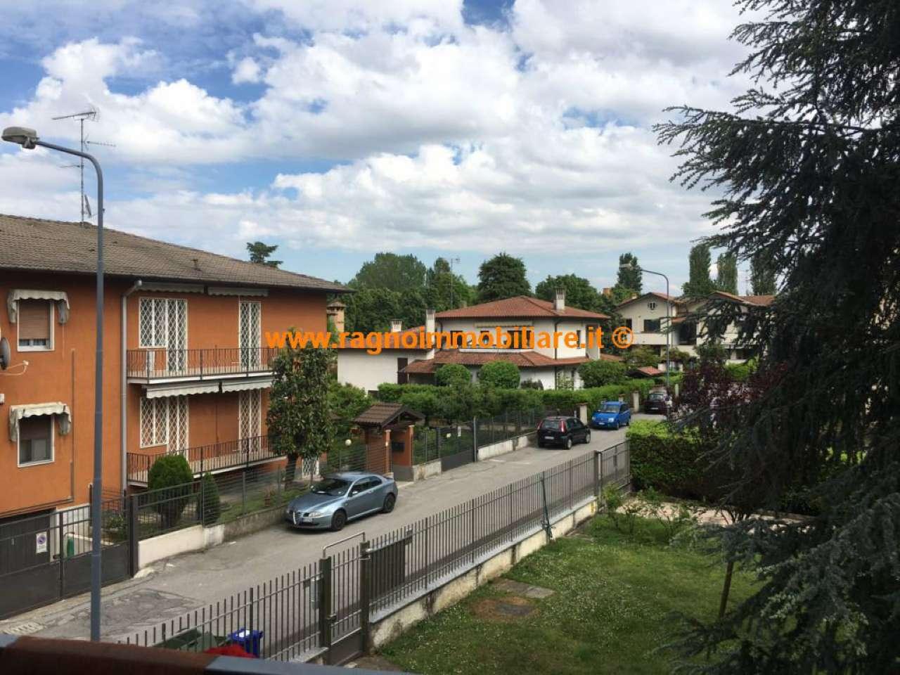 Appartamento in vendita a Binasco, 3 locali, prezzo € 119.000 | Cambio Casa.it