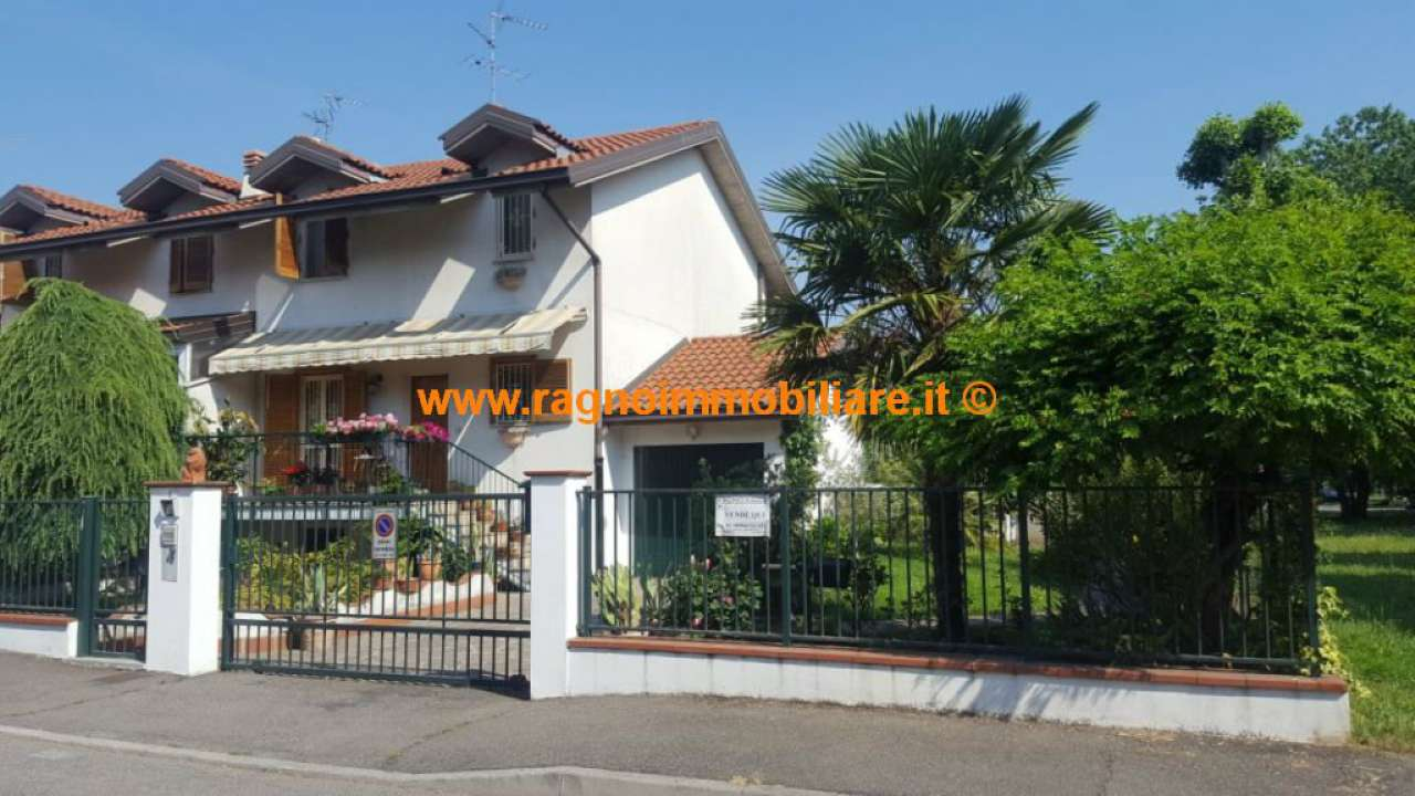 Villa in vendita a Casarile, 5 locali, prezzo € 295.000 | CambioCasa.it