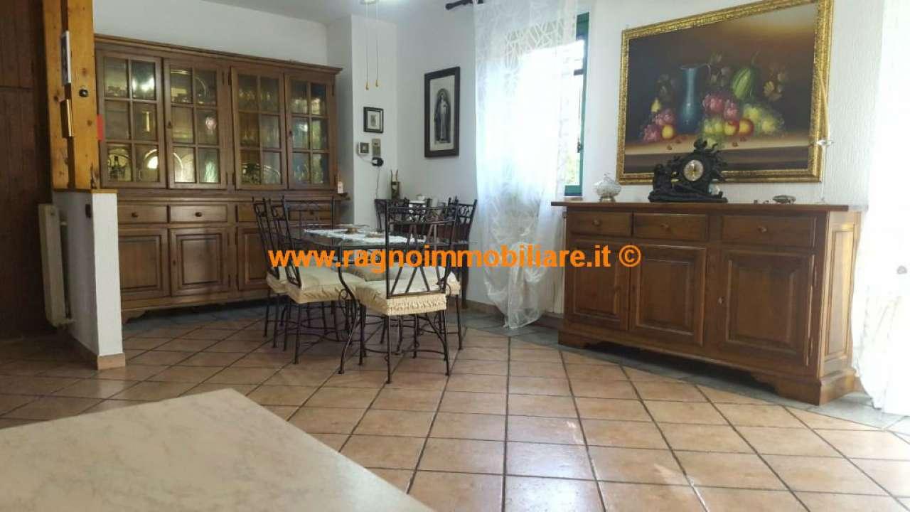 Villa Bifamiliare in Vendita a Casarile