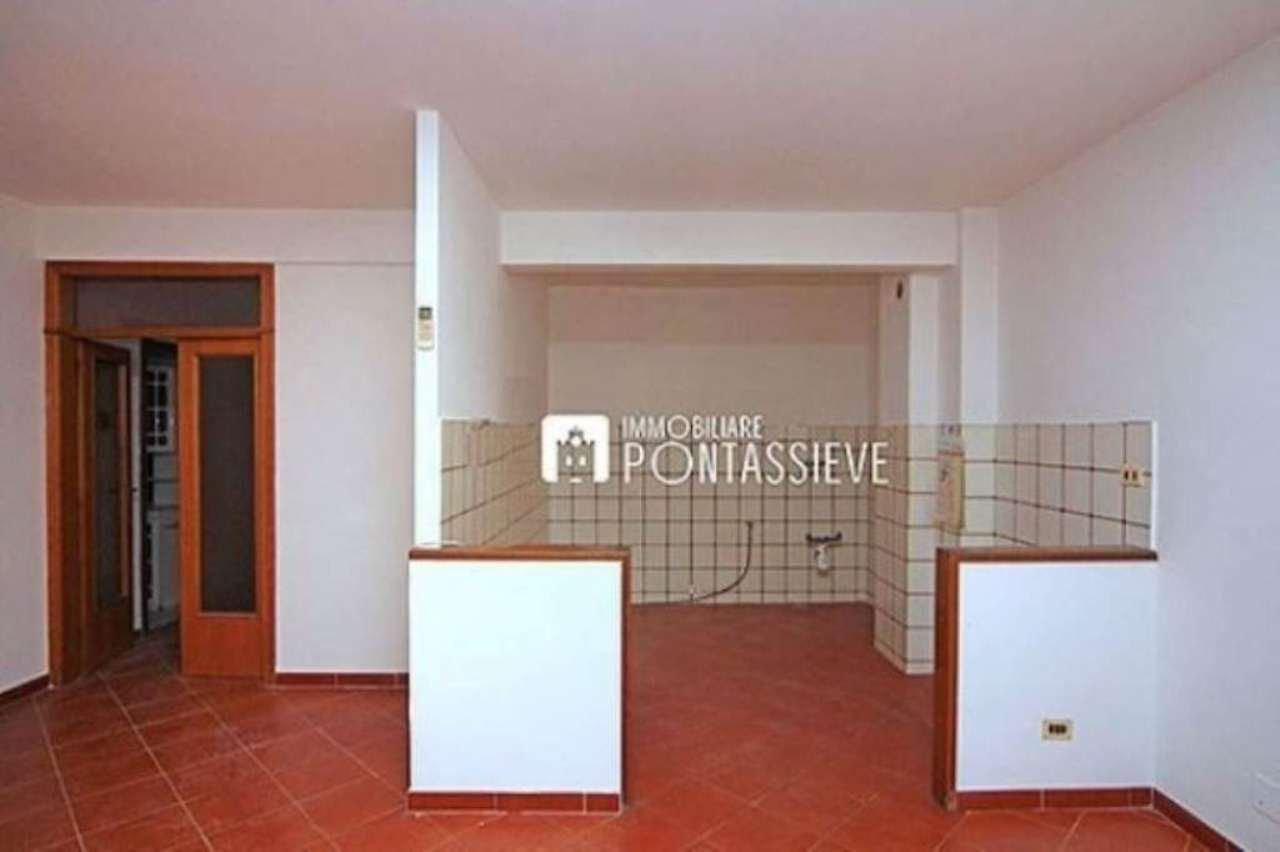 Appartamento in vendita a Pelago, 5 locali, prezzo € 166.000   Cambio Casa.it