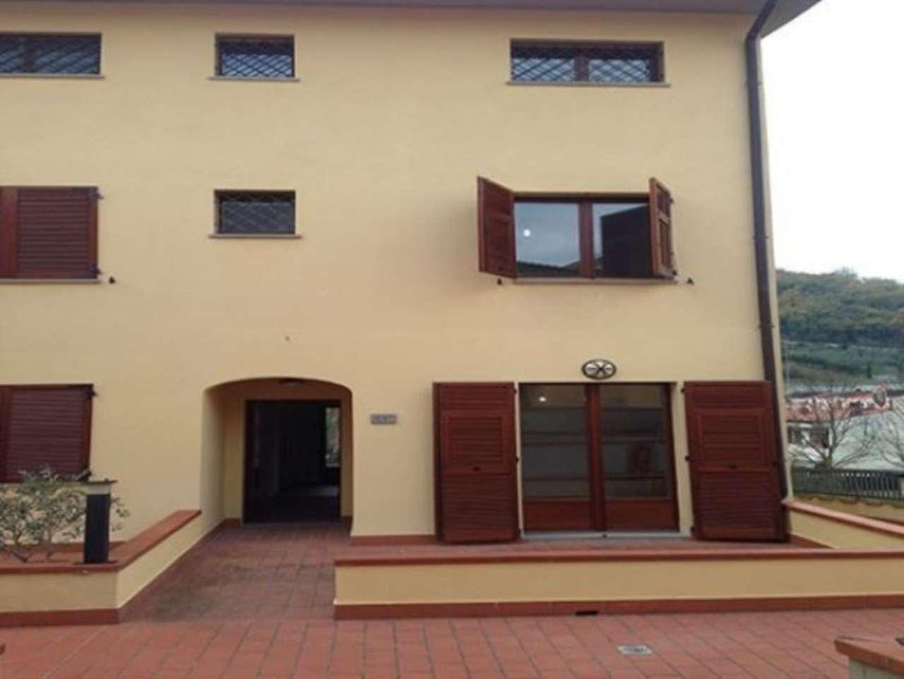 Soluzione Indipendente in vendita a Pontassieve, 5 locali, prezzo € 370.000 | Cambio Casa.it