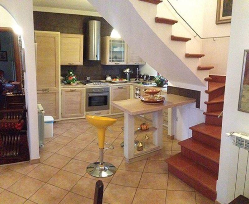 Appartamento in vendita a Reggello, 4 locali, prezzo € 240.000 | Cambio Casa.it