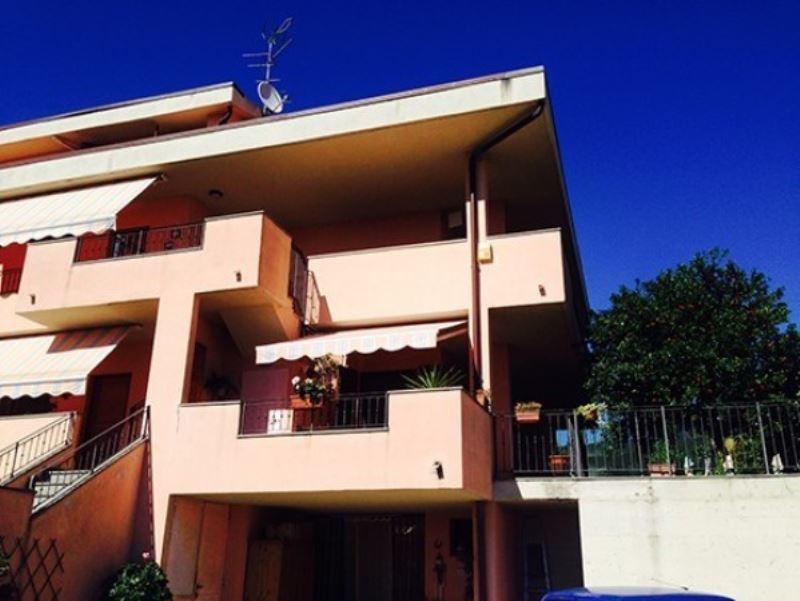 Soluzione Indipendente in vendita a Reggello, 4 locali, prezzo € 287.000 | Cambio Casa.it