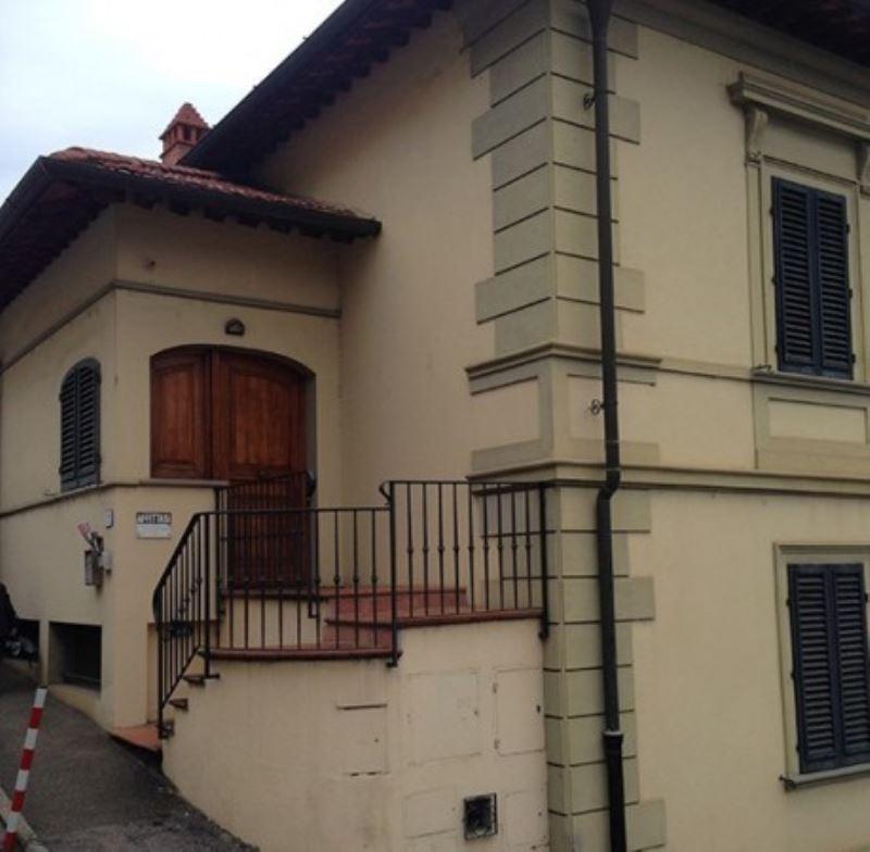 Ufficio / Studio in affitto a Rignano sull'Arno, 5 locali, prezzo € 800 | Cambio Casa.it