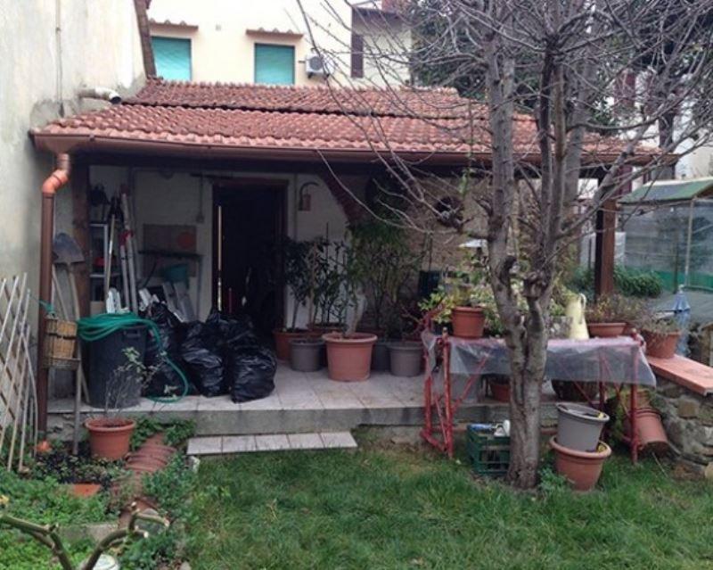 magazzino-deposito  in Vendita a Pontassieve