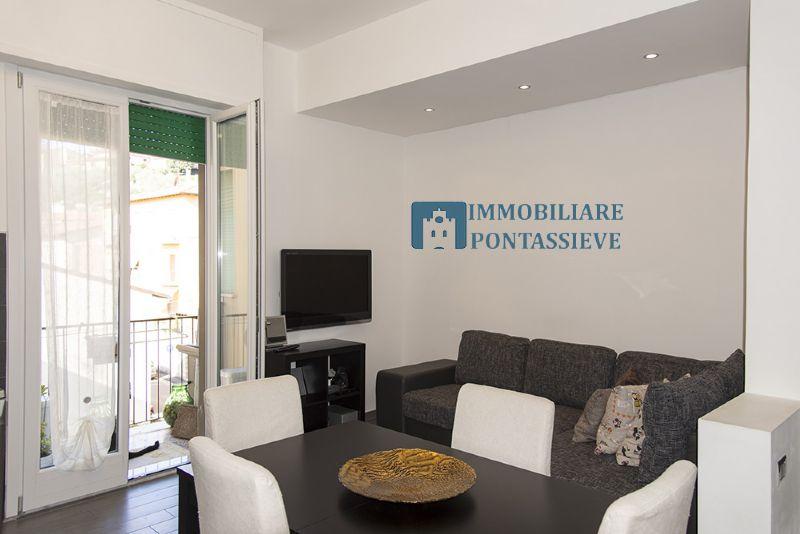 Appartamento in vendita a Pontassieve, 3 locali, prezzo € 190.000   Cambio Casa.it