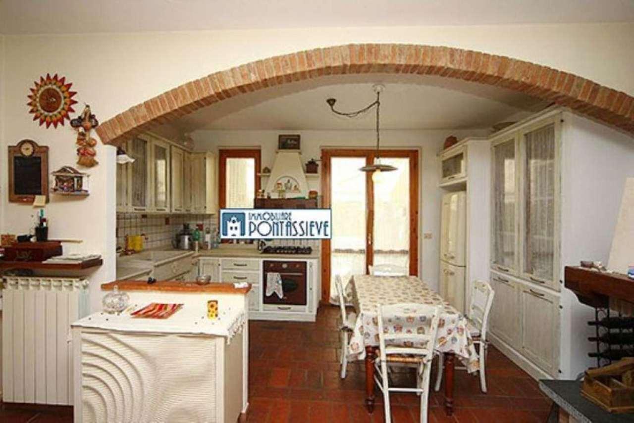 Soluzione Indipendente in vendita a Pelago, 5 locali, prezzo € 430.000 | Cambio Casa.it