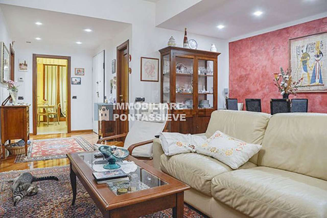 Appartamento in vendita a Pontassieve, 5 locali, prezzo € 200.000 | Cambio Casa.it