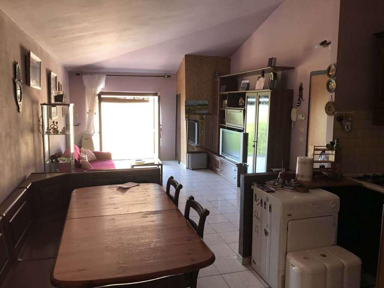 Appartamento in vendita a Reggello, 3 locali, prezzo € 140.000 | Cambio Casa.it