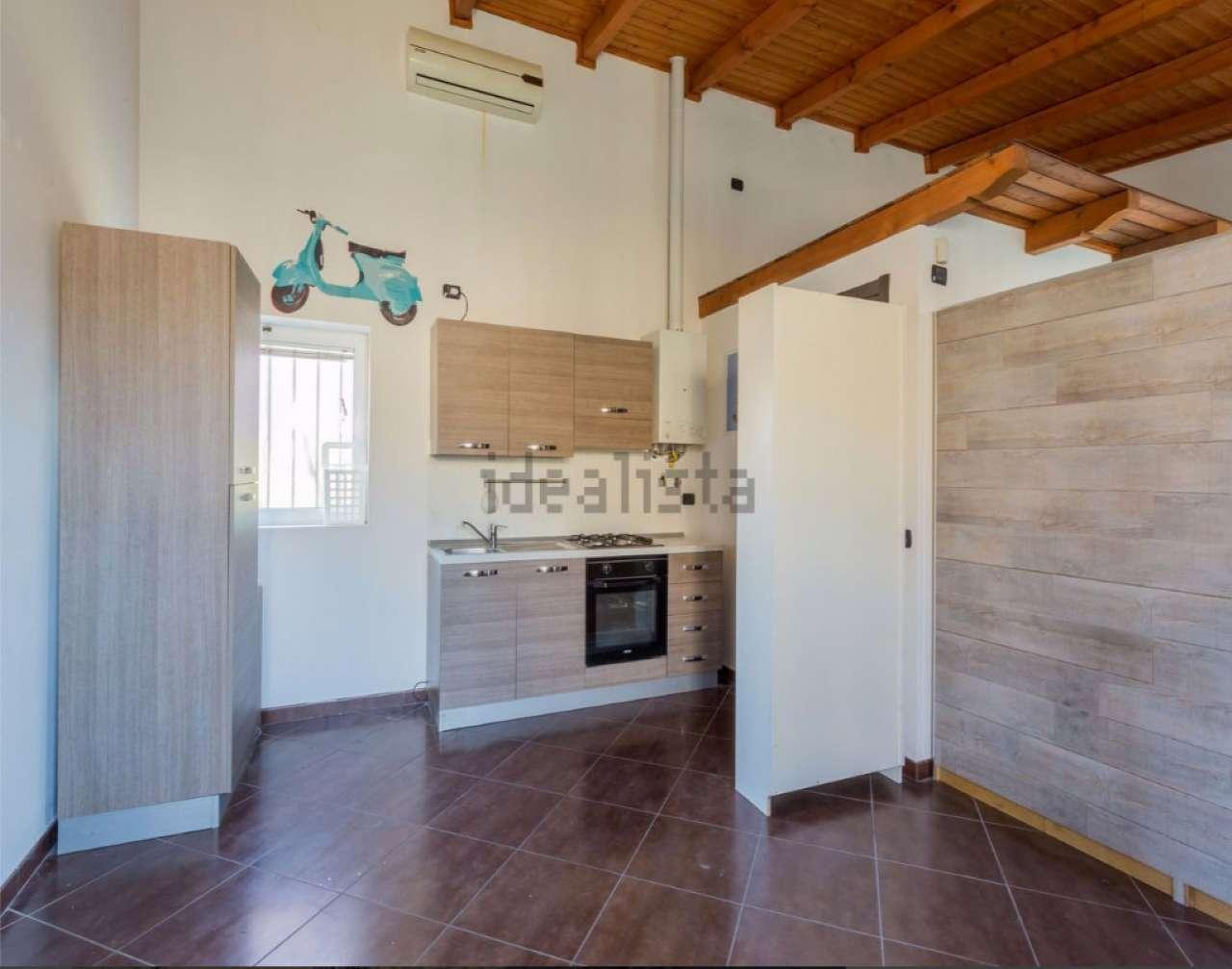 Loft / Openspace in affitto a Monza, 1 locali, zona Zona: 3 . Via Libertà, Cederna, San Albino, prezzo € 520 | Cambio Casa.it