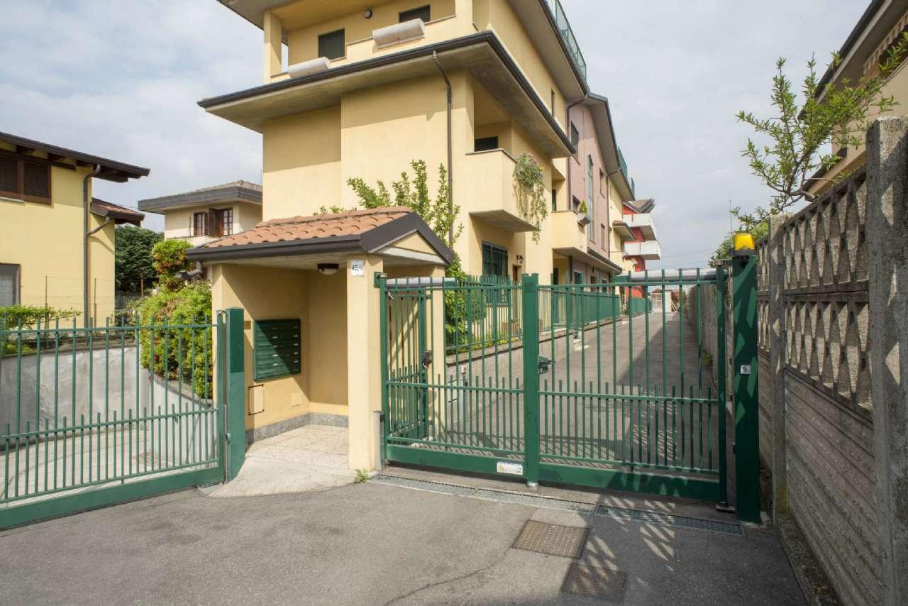 Attico / Mansarda in vendita a Nova Milanese, 3 locali, prezzo € 180.000 | CambioCasa.it