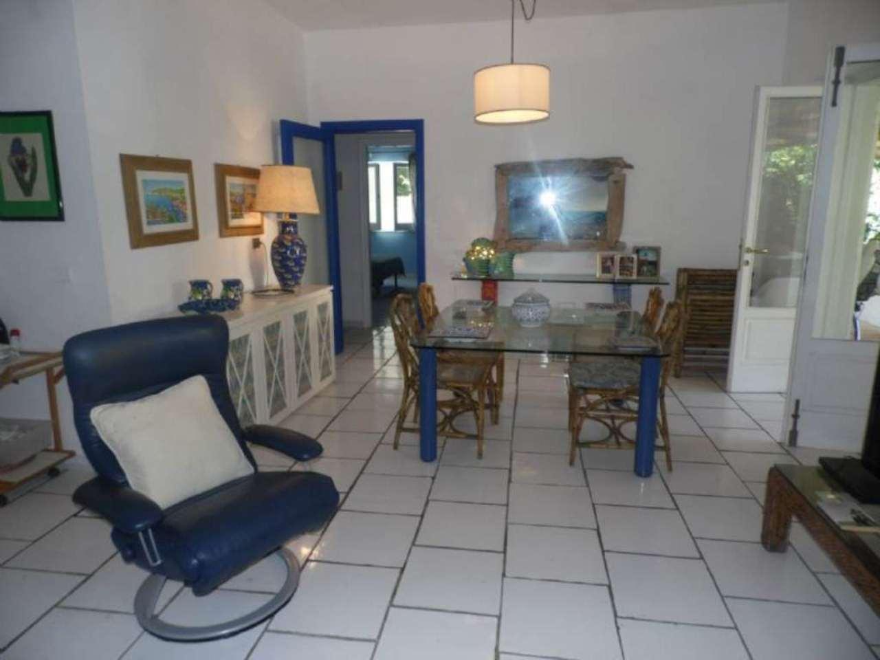 Villa in vendita a Massa Lubrense, 4 locali, prezzo € 1.200.000 | Cambio Casa.it