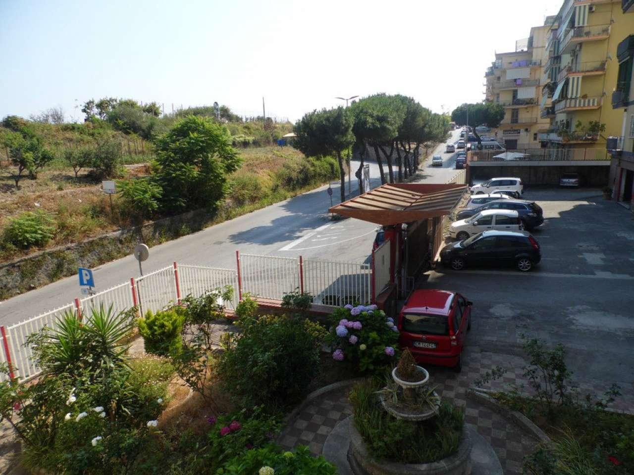 Appartamento in vendita a Castellammare di Stabia, 3 locali, prezzo € 175.000 | CambioCasa.it