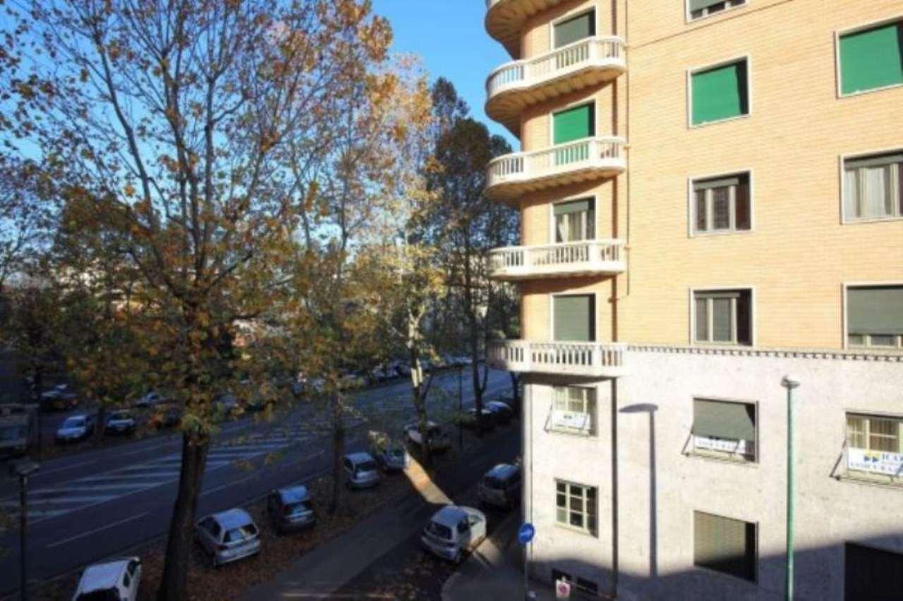 Bilocale Torino Corso Francia 3