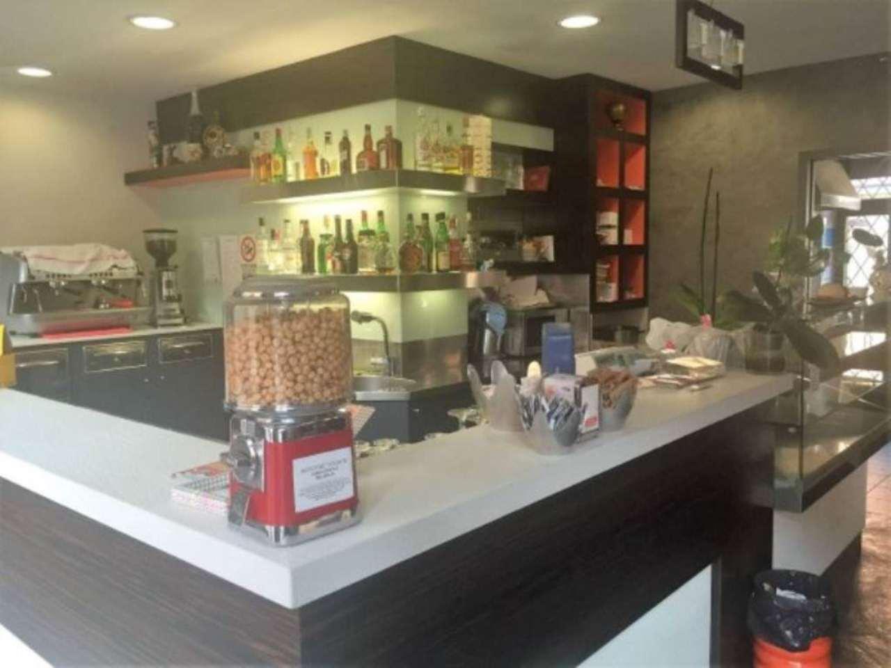 Bar in vendita a Collegno, 2 locali, prezzo € 80.000 | Cambio Casa.it