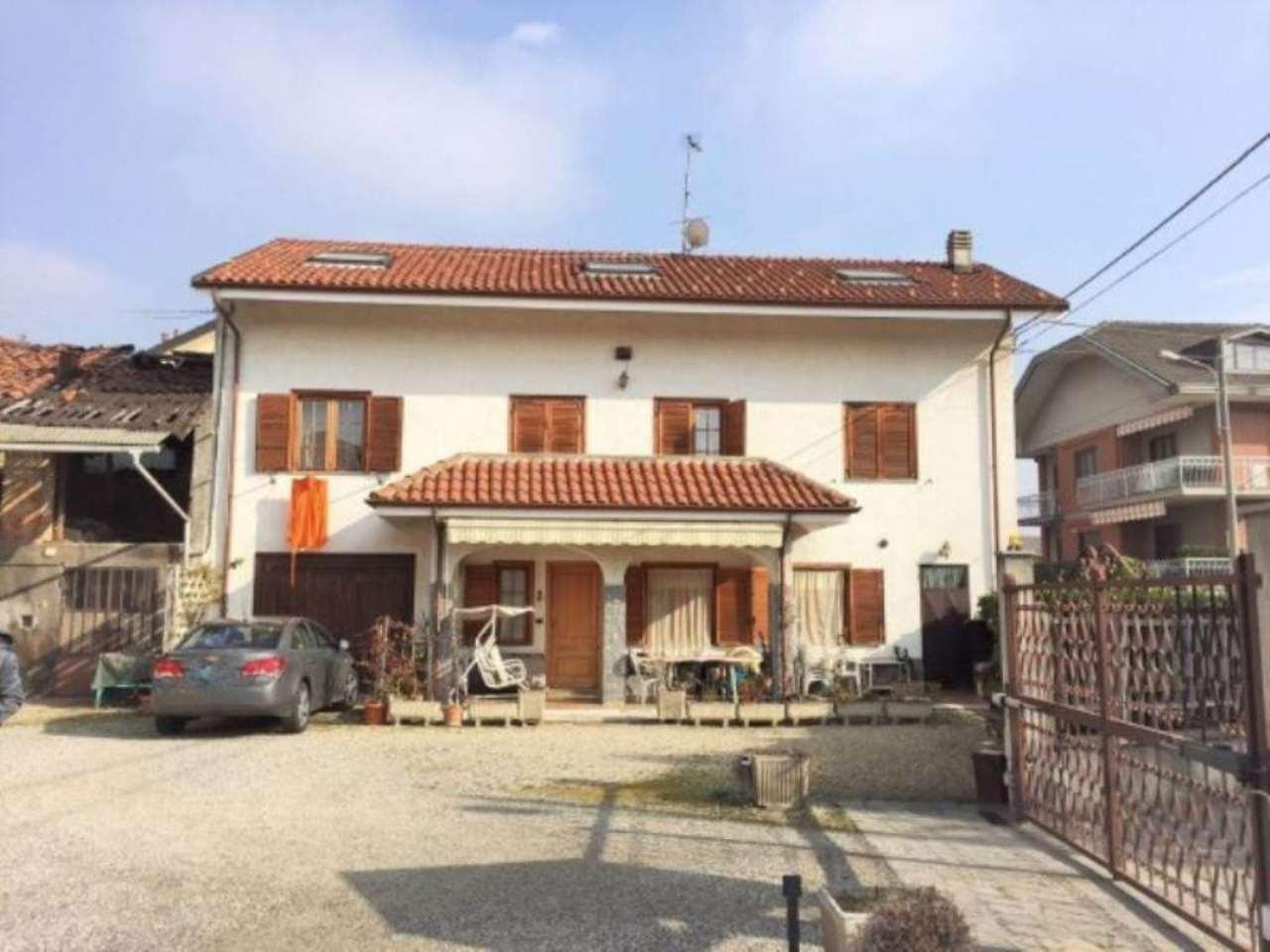 Villa in vendita a Piossasco, 6 locali, prezzo € 295.000 | Cambio Casa.it