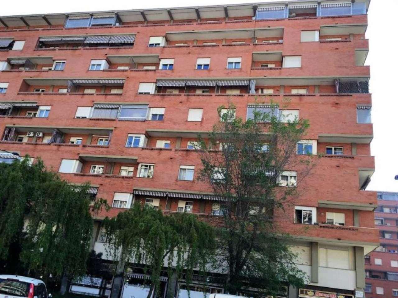 Bilocale Torino Corso Benedetto Croce 1