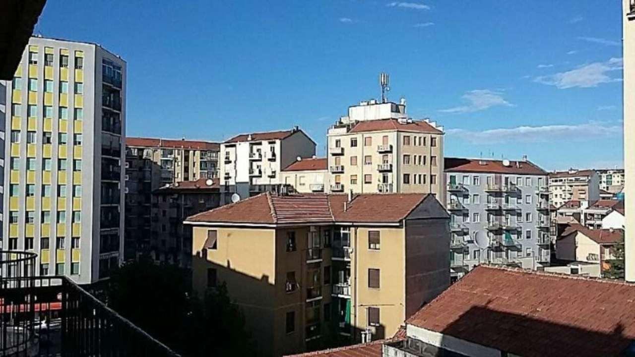 Bilocale Torino Via Monte Cimone 3