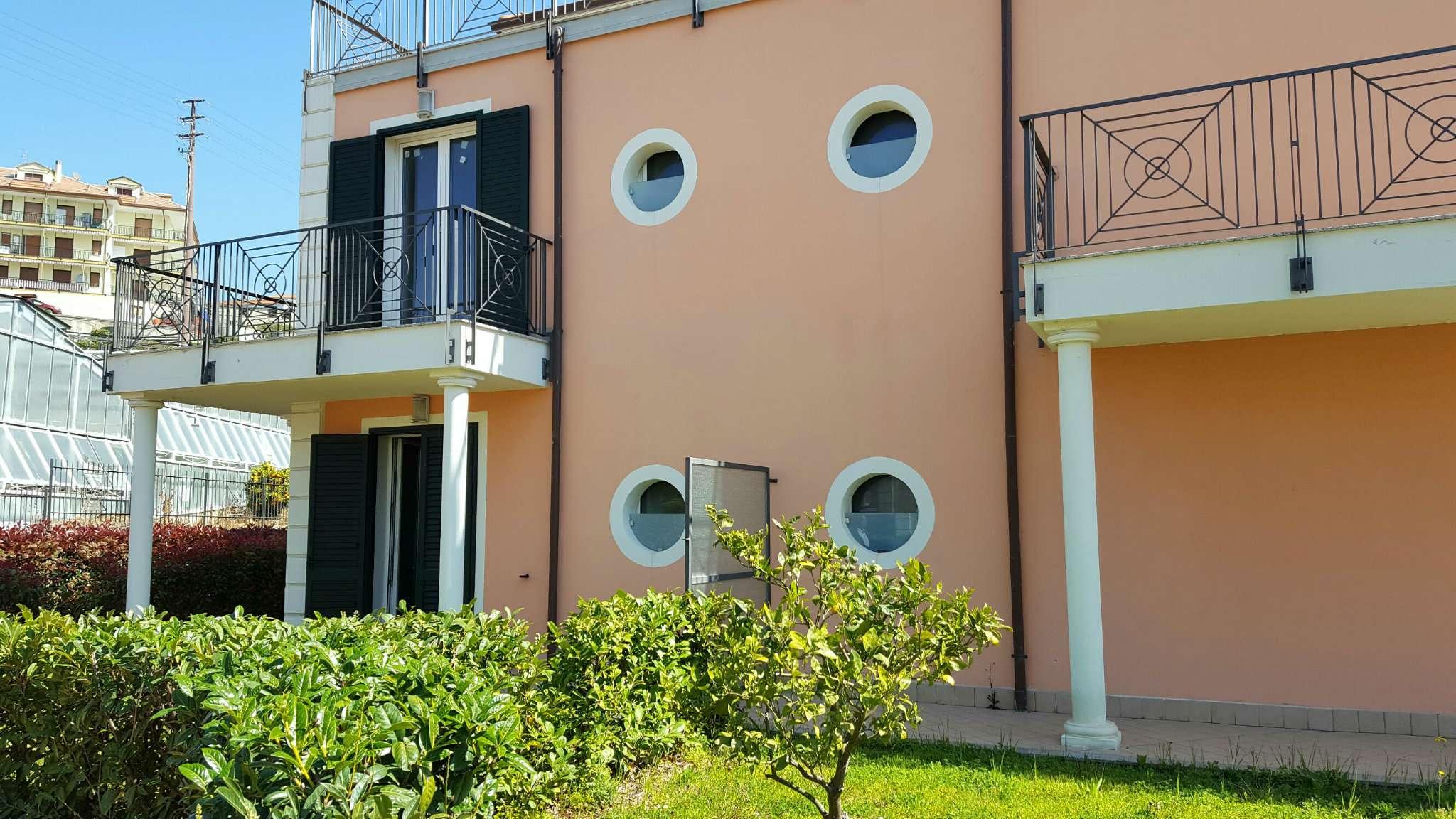 Appartamento in vendita a Riva Ligure, 1 locali, prezzo € 149.000 | CambioCasa.it