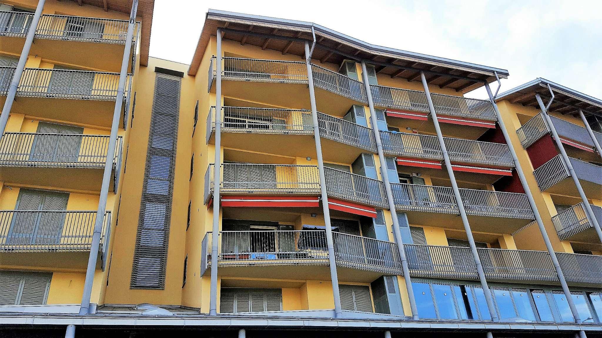 Foto 1 di Quadrilocale via Trivero, Ciriè