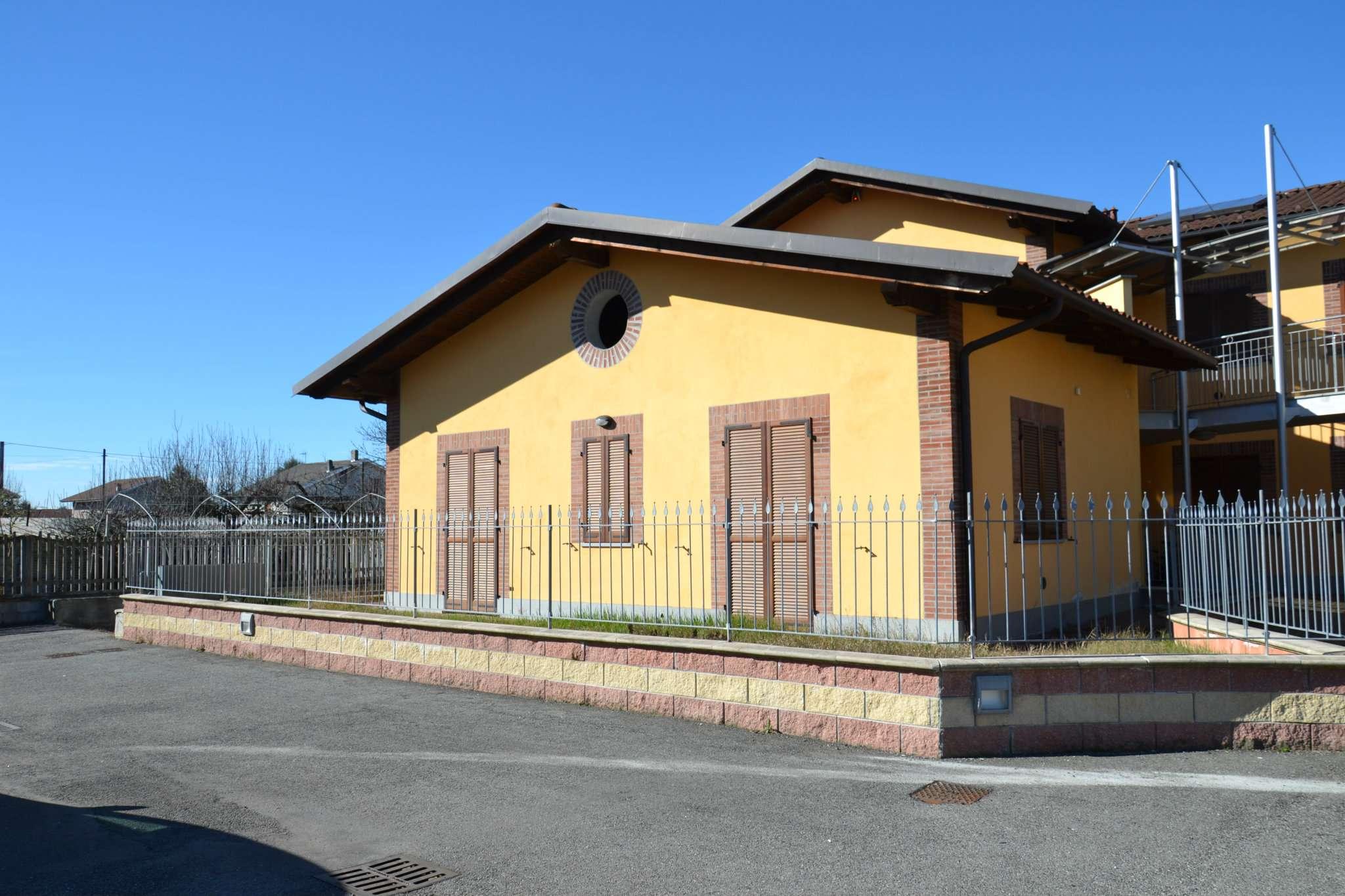 Appartamento in vendita a Rivarolo Canavese, 4 locali, prezzo € 179.000 | CambioCasa.it